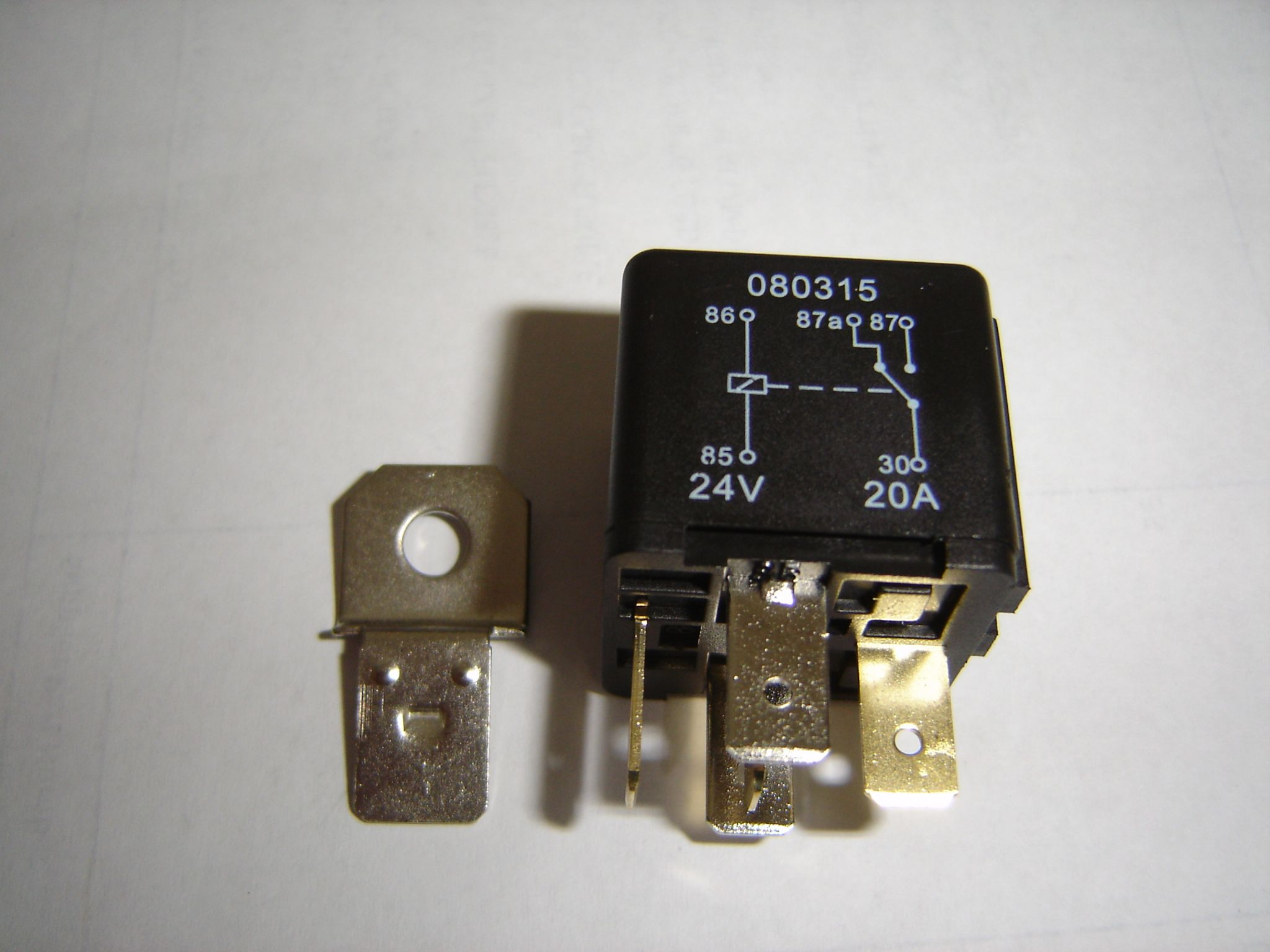4 Pin Automotive Type 24 Volt 20amp Relay Alt Ry12